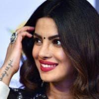 Kashmir, bufera sulla superstar Priyanka Chopra