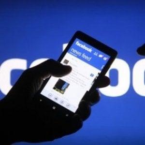 Facebook ha pagato società esterne per trascrivere i contenuti delle chat audio