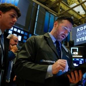 Europa in rosso con la frenata tedesca e i tassi Usa: Milano perde il 2,5%, Wall Street va giù
