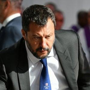 """Crisi di governo, Salvini: """"Il 20 agosto sfiduceremo il premier Conte"""". M5s attacca: """"Incoerente, molli la poltrona"""""""