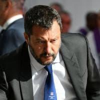 """Crisi di governo, Salvini: """"Il 20 agosto sfiduceremo il premier Conte"""". M5s attacca:..."""
