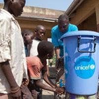 """Congo, raddoppiato il numero dei bambini malati di Ebola: """"Sono 21.380, orfani o non accompagnati"""""""