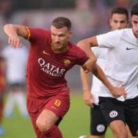 La Roma vince con l'Arezzo (3-1): Dzeko fa felice Fonseca