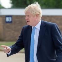 """Brexit, rapporto del governo: con il """"no deal"""" rischio di scarsità di cibo, farmaci e..."""