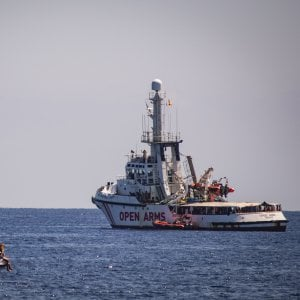 Open Arms, Toninelli: I migranti li portiano in Spagna con la guardia Costiera