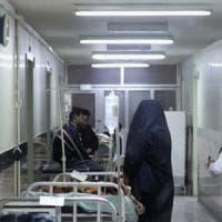 Teheran, le sanzioni Usa sull'Iran bloccano i farmaci e uccidono i malati