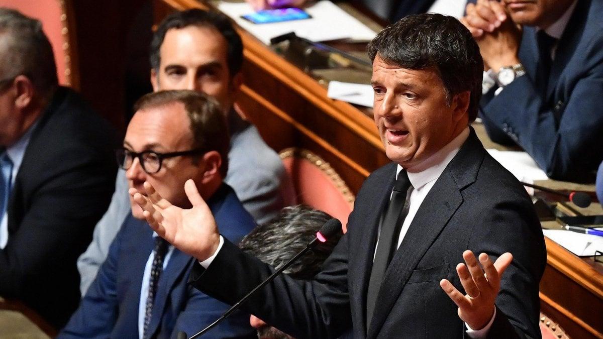 """Crisi di governo, Renzi a Conte: """"Non farò parte di un governo"""". E a Salvini: """"Il populismo ha fallito"""""""