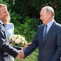 """Trump 'dimentica' la Crimea: """"La Russia dovrebbe essere riammessa nel G7"""""""