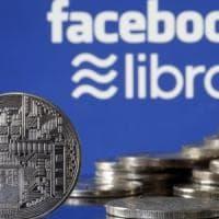 Facebook, la Ue mette sotto inchiesta la criptomoneta Libra