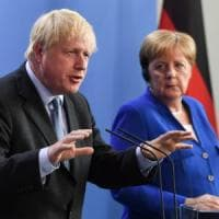 "Brexit, Johnson a Berlino: ""Accordo cosi com'è per noi inaccettabile"""