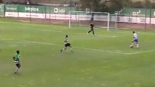 """Lo Sporting segna dopo 13"""" senza aver toccato mai il pallone"""