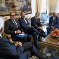 """Quirinale, seconda giornata di consultazioni. Berlusconi: """"Esecutivo di centrodestra o..."""