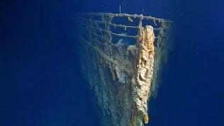 """""""Il Titanic sta scomparendo"""". Le immagini del relitto dopo 14 anni"""