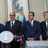 """Pd, Zingaretti apre ai 5Stelle: """"Dalle parole di Di Maio il quadro per iniziare a..."""