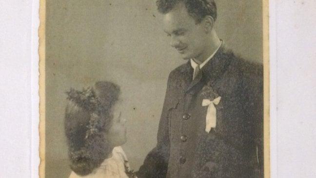 Storia di una foto. L'amore partigiano in un campo nazista