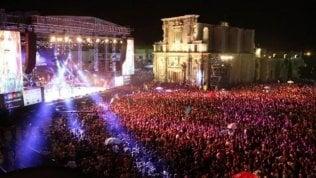 """Da tutta Italia a Melpignano, è la Notte della Taranta. """"Siamo qui perché è musica, magia e vita"""""""