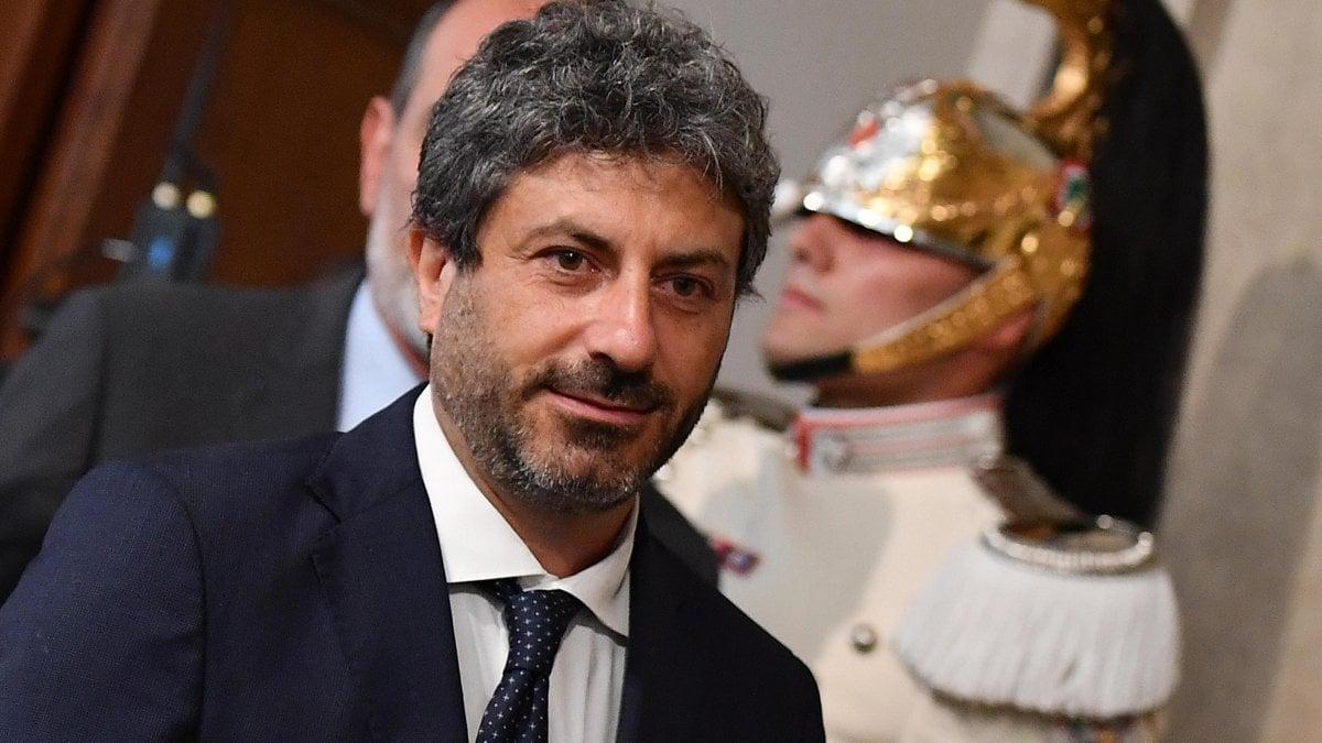 Governo, Fico si sfila. Nuova telefonata con Zingaretti, Di Maio ...