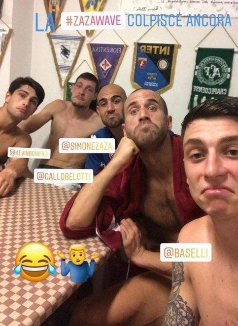 Torino, ecco la 'Zazawave': i giocatori imitano l'esultanza del bomber
