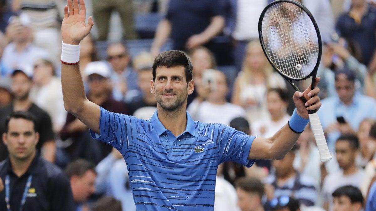 Tennis, Us Open: esordio facile per Djokovic, subito fuori Fognini, Seppi e Giorgi. Impresa di Lorenzi