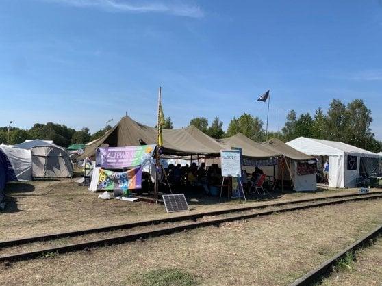 Nella Woodstock degli hacker: musica, amore e tecnopolitica