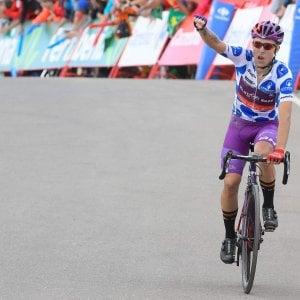 Ciclismo, disastro Aru nel giorno di Madrazo. Lopez in rosso