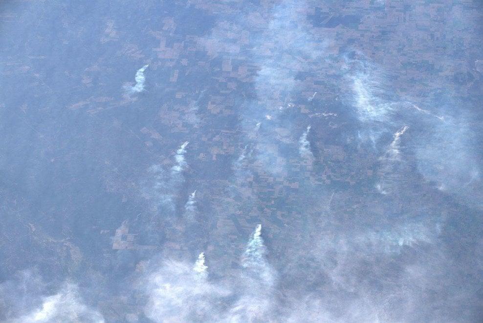 """Parmitano dallo spazio: """"L'Amazzonia continua a bruciare"""""""