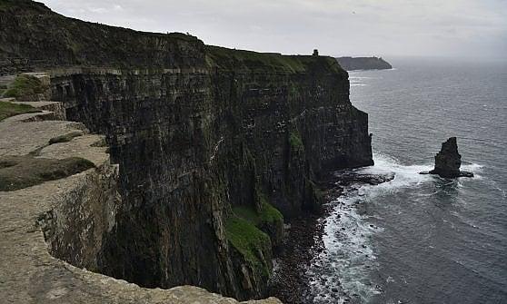 sposato risalente Irlanda del Nord Tom e Ariana sur datazione