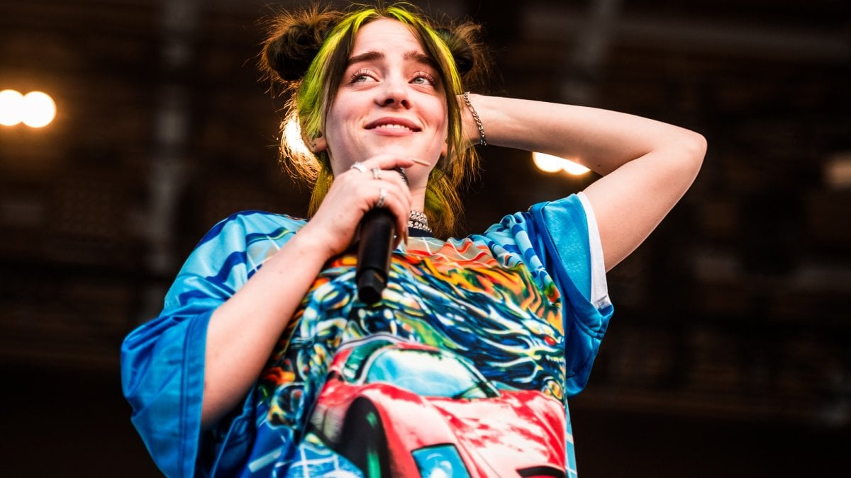 """Billie Eilish arriva in Italia: """"Solo ora sto imparando a godermi la fama"""""""