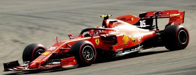 Spettacolo Ferrari, Leclerc conquista il gp del Belgio: a 21 anni è il più giovane vincitore di sempre con la scuderia di Maranello