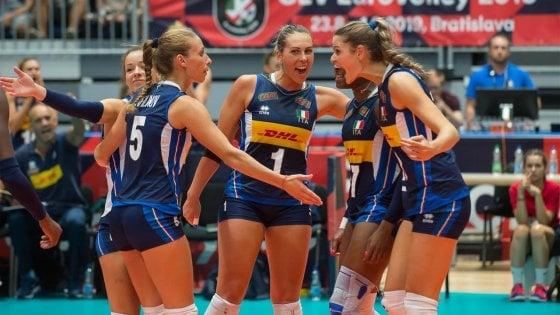 Calendario Mondiali Pallavolo Femminile.Volley Europei Femminili Italia Ai Quarti Battuta La