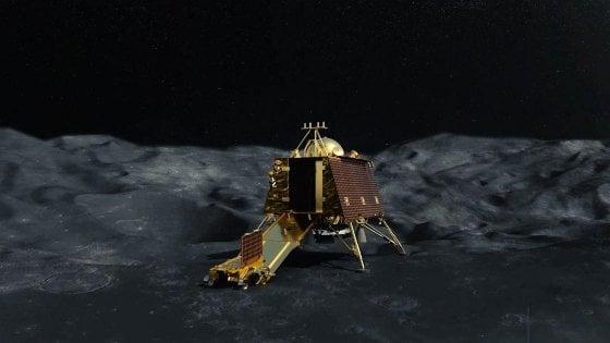 La sonda indiana ha liberato il lander che atterrerà sulla Luna