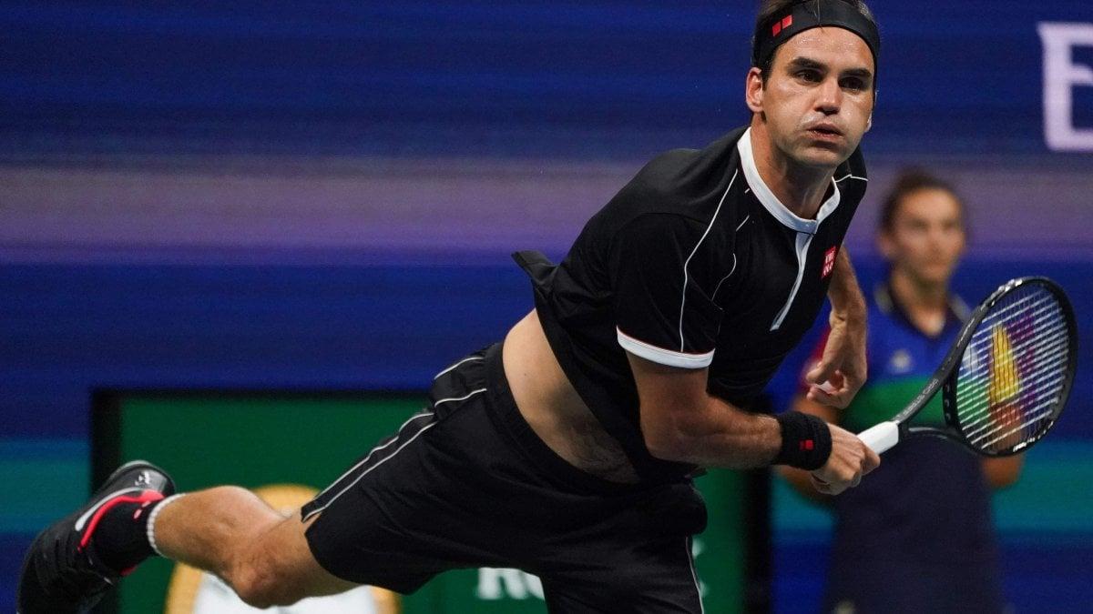 Tennis, Us Open: Federer ko nei quarti con Dimitrov. Serena Williams in semifinale