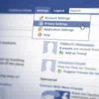 Facebook rinuncia al riconoscimento facciale automatico: ora utenti dovranno fare opt-in