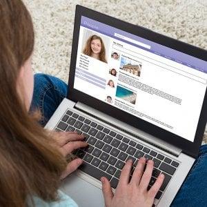 Bullismo online, oltre un terzo dei giovani è costretto a farci i conti in ben 30 Paesi