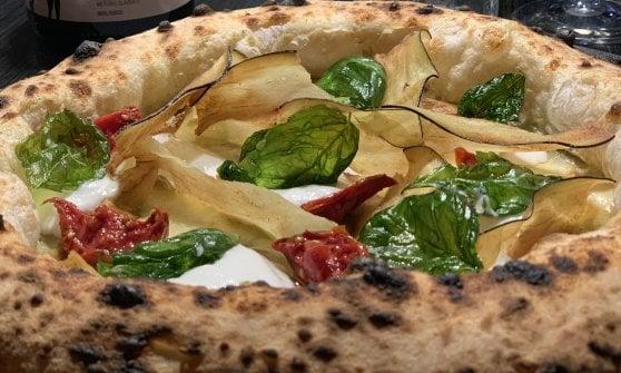 Quei bravi ragazzi che amano il canotto: la nouvelle vague della pizza