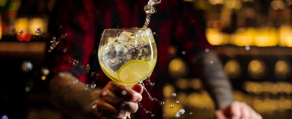 Martini cocktail o Gin tonic? La sfida in scena a Milano
