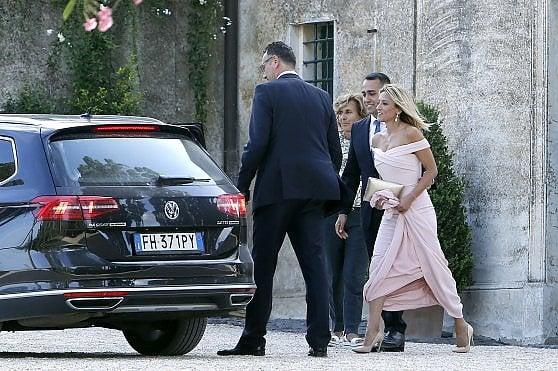 M5s, il portavoce di Di Maio convola a nozze sul lago di Bracciano