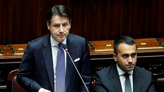 Governo, la Camera vota la fiducia con 343 sì al Conte bis. Proteste della Lega