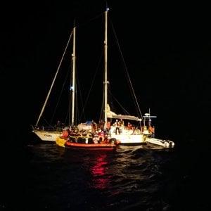 """Migranti, i 5 migranti a bordo della Alan Kurdi sbarcheranno a Malta. Zingaretti: """"Ocean Viking sbarchi senza se e ma"""""""