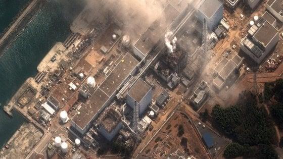 """Giappone, ministro Ambiente: """"Acqua radioattiva di Fukushima sarà scaricata nel Pacifico"""""""