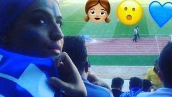 Iran, si era data fuoco per protestare contro stadi vietati alle donne: morta per le ustioni giovane tifosa