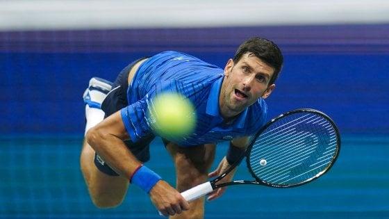Tennis, Djokovic rischia chiusura anticipata della stagione