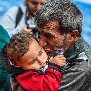 Grecia, migliaia di adulti e bambini intrappolati sulle isole pagano il prezzo dell'accordo disumano UE-Turchia