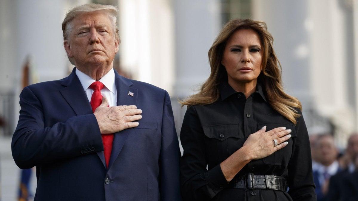11/9, l'America si ferma per ricordare le vittime. Trump e Melania, un  minuto di silenzio alla Casa Bianca - la Repubblica