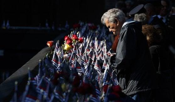 11/9, l'America si ferma per ricordare le vittime. Trump e Melania, un minuto di silenzio alla Casa Bianca