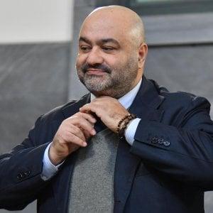 Fondi Lega, la Cassazione conferma il no al processo per Bossi e il figlio