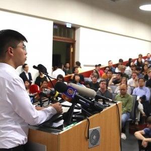 Hong Kong, cinesi infuriati con Berlino. Il ministro degli Esteri tedesco ha stretto la mano all'attivista Joshua Wong