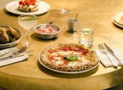 Concreto, multiforme e originale: Dry e la pizza di Lorenzo Sirabella
