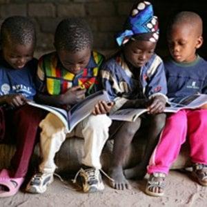 Africa, Medioriente: 303 milioni di bambini non frequentano la scuola, e vivono in stato di emergenza
