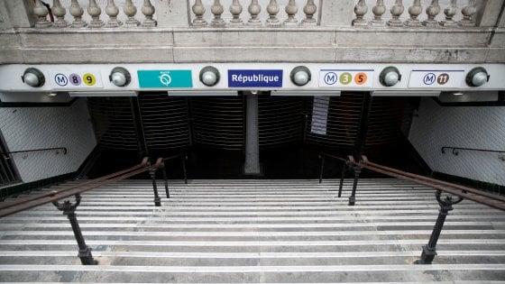 Parigi bloccata dallo sciopero dei trasporti contro la riforma delle pensioni